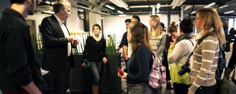 DIS Copenhagen, Communication program