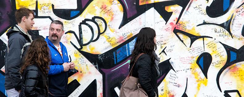 Week-Long Study Tour to Belfast and Brussels, European Politics Program at DIS Copenhagen
